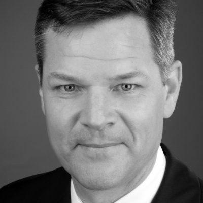 Dr. Richard Vestner